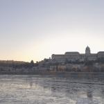 Als het heel koud is in de winter in Boedapest, kan het voorkomen dat de Donau (gedeeltelijk) bevriest. Indrukwekkend!