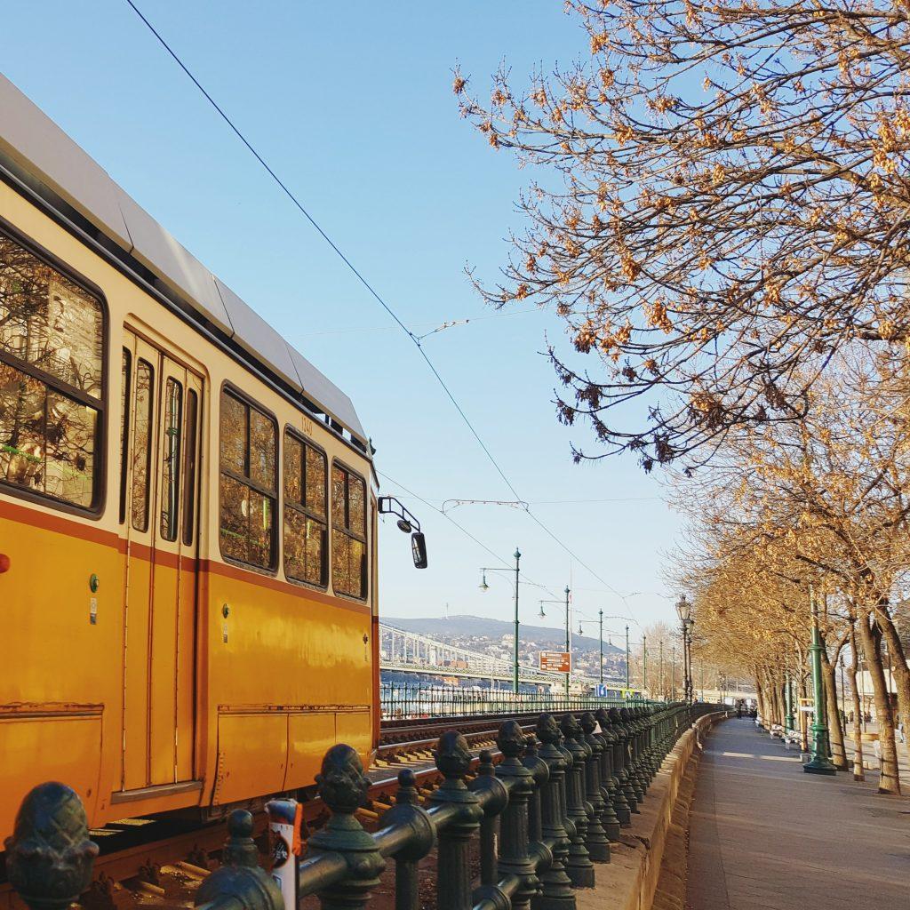 Het openbaar vervoer in Boedapest ingewikkeld? Niet met deze uitgebreide gids! Lees meer op doeninboedapest.nl