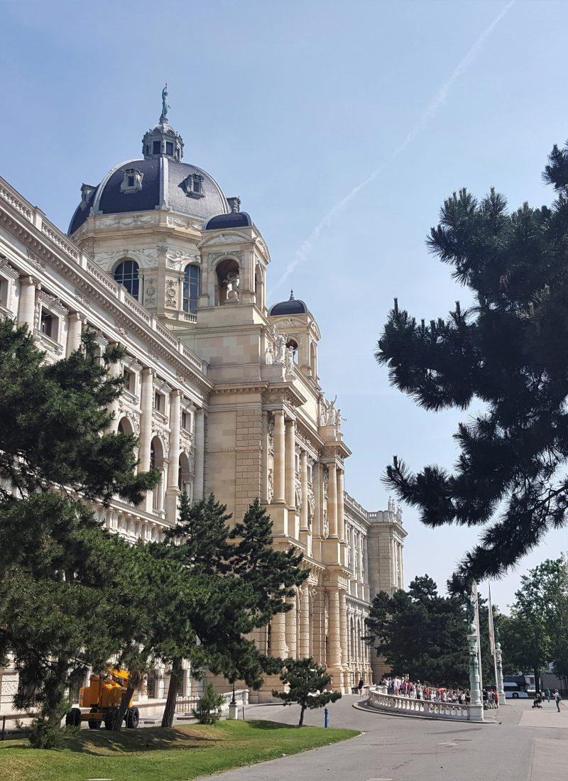 Een dagje naar Wenen vanuit Boedapest? Kan prima! Lees meer op doeninboedapest.nl